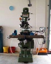Saw mill machine